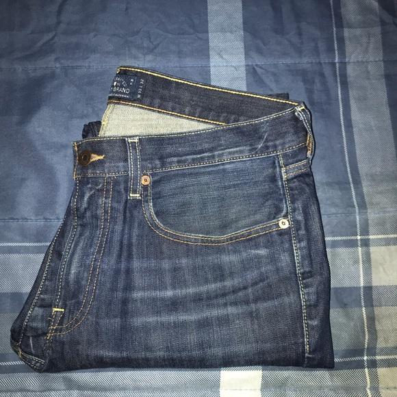 Lucky Brand 121 Heritage Slim Jeans 33 x 32